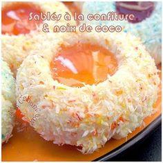 Food Network Recipes 62971 Shortbread with Djouza Coconut Jam Jam Cookies, Biscuit Cookies, Desserts With Biscuits, Cookie Desserts, French Macaroon Recipes, Eid Cake, Food Network Recipes, Cooking Recipes, Coconut Jam