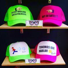 Gorras personalizadas para parejas novios esposos matrimonio estampadas  bogota colombia Wapp Cel  313 427 8508 Tienda Bogota  Cll 47  8-37 ... caf544e072a