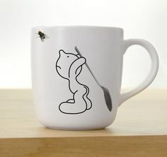 Funny mug designs with you in this photo gallery. We use mugs several times a day. At home, in the office or in the cafe.