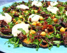 Bei Kathi habe ich diesen köstlichen Salat entdeckt. Diese wiederum hat ihn in einem Kochbuch von Bettina Matthaei gefunden und ihn so...
