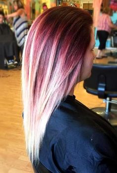dark brown hair with red and blonde balayage Haar loiro 25 Thrilling Ideas for Red Ombre Hair Red Ombre Hair, Plum Hair, Red Hair Color, Cool Hair Color, Color Red, Lilac Hair, Hairstyles Haircuts, Cool Hairstyles, Daily Hairstyles