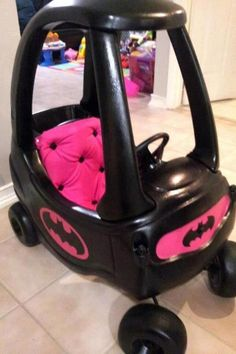 Blk/pink kids batman car Lauren Espinoza can I make this for your daughter someday??