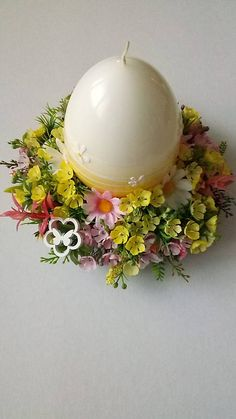 dekorBEA / Velkonocny svietnik - kraslica Easter Decor, Minis, Origami, Candle Holders, Candles, Breakfast, Food, Candlesticks, Morning Coffee
