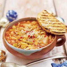 Recept - Winterminestrone met crostini - Allerhande