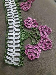 32 Ideas For Knitting Machine Poncho Lace Shawls Crochet Borders, Crochet Motif, Crochet Flowers, Crochet Lace, Easy Knitting, Knitting Socks, Knitting Machine, Stitch Patterns, Knitting Patterns