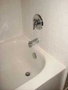 The Pros And Cons Of Having An Acrylic Bathtub Liner And Surround Installed