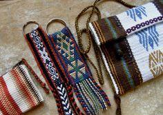 Braids and weaving. Inkle Weaving, Inkle Loom, Card Weaving, Tablet Weaving, Weaving Art, Weaving Patterns, Circular Weaving, Crochet Motif, Crochet Yarn