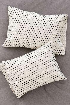 4040 Locust Mele Geo Pillowcase Set - Urban Outfitters