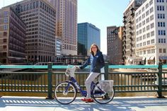 VISIT Milwaukee's Megan Gaus uses Bublr Bikes to go to events and to check out Milwaukee's dining scene