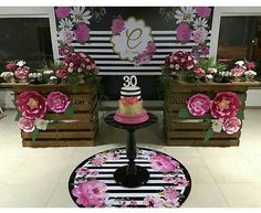 De repente 30: mais de 30 lindas ideias – Inspire sua Festa ® Elegant Birthday Party, 90th Birthday Parties, Vintage Birthday, Birthday Party Decorations, Baby Shower Decorations, Party Themes, Birthday Ideas, Kate Spade Party, Baby Table
