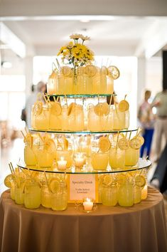 Yellow Lemonade, Wedding Cocktails, Signature Cocktails, Wedding Planning Tips, . Spring Wedding Flowers, Wedding Table Flowers, Wedding Decorations, Yellow Party Decorations, Fall Sunflower Weddings, Decor Wedding, Wedding Drink Table, Sun Flower Wedding, Italian Party Decorations