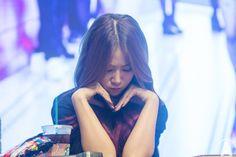 SISTAR - SoYu #소유 (Kang JiHyun 강지현) 'Shake It' era fansign 150705