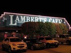 Lamberts Cafe, Springfield MO - Love their rustic food and the way they serve the rolls.Home of the Throwed Rolls! Wonderful Places, Great Places, Beautiful Places, Best Places To Eat, Oh The Places You'll Go, Springfield Missouri, Branson Missouri, Orange Beach, Weekend Getaways