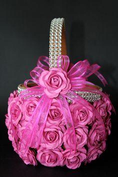 Flower Girl Basket - GV: all girl grandbabies walk down aisle before me spreading flowers.  Make in golden rose color.
