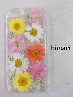 本物のお花(押し花)を使用したiphone5/5sケース。~花の種類~ノースポール:ホワイト・イエロー・オレンジ千鳥草:ピンクレースフラワー:ホワイトケースは...|ハンドメイド、手作り、手仕事品の通販・販売・購入ならCreema。