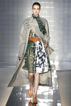 High Waisted Skirt, Fashion Show, Kimono Top, Runway, Menswear, Spring Summer, Vogue, High Neck Dress, Sari