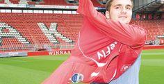 FC Twente richt zich op volgend seizoen. Gisteren tekende Dusan Tadic voor drie jaar in Enschede.