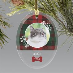 Personalized this adorable plaid Christmas ornament with your favorite photo of your family cat. #petornaments #personalizedchristmasornaments #petlovergiftideas #classicchristmasornaments Personalized Christmas Ornaments, Christmas Tree Ornaments, Word Art Design, Christmas Animals, Plaid Christmas, Gifts For Pet Lovers, Glass Ornaments, Personalized Gifts, Unique Gifts