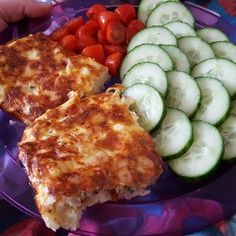 Onion cottage cheese, eggs and cheese mixed through and on top. Add lean corned beef and any other veg Sw Quiche, Tomato Quiche, Slimming World Recipes, Corned Beef, Food Diary, Cottage Cheese, Onion, Recipies, Veggies