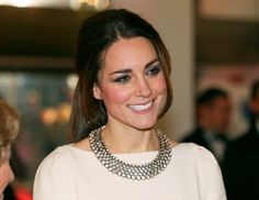 Kate Middleton's Zara Necklace Is Back In Stock! | The Keep.com Blog