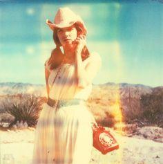 Her last call II - Stefanie Schneider - Bilder, Fotografie, Foto Kunst online bei LUMAS