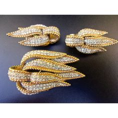 CINER Pave' Rhinestone Brooch Earrings Set, Gold Plate Trim, Vintage ($85) ❤ liked on Polyvore featuring jewelry, earrings, vintage jewelry, ciner, vintage rhinestone earrings, rhinestone jewelry and pave earrings