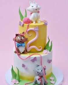 Kitten Cake, Rodjendanske Torte, American Cake, Birthday Cake Girls, Birthday Cakes, Food Carving, Animal Cakes, Pastry Art, Cake Boss