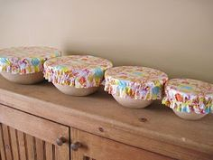 My Itty Bitty Quilts: *Tutorial* Oilcloth Bowl Covers    Oilcloth....love   Would be more protective then fabric here.