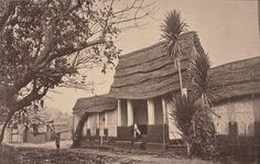 Pre Colonial Ashanti house, built in the traditional manner, Kumasi