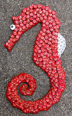 Diy Bottle Cap Crafts 79376012171087643 - DIY ideas with caps – an unusual material for homemade art decoration Diy Bottle Cap Crafts, Beer Cap Crafts, Bottle Cap Projects, Beer Cap Art, Beer Bottle Caps, Beer Caps, Bottle Top Art, Reuse Plastic Bottles, Homemade Art