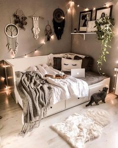 39 Tips for Decorating a Bedroom - - Turn a boring bedroom into a sanctuary with these easy-to-copy tips for creating a wonderful bedroom space. Cute Bedroom Ideas, Room Ideas Bedroom, Small Room Bedroom, Home Decor Bedroom, Decor Room, Room Decorations, White Bedroom, Daybed Bedroom Ideas, Decorating A Bedroom