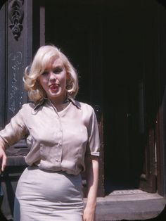 https://flic.kr/p/FPjKXs | Marilyn Monroe photographed by Frieda Hull in New York on July 8, 1960. d