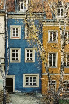 Warsaw, Poland by Nemanja Knežević, via Flickr