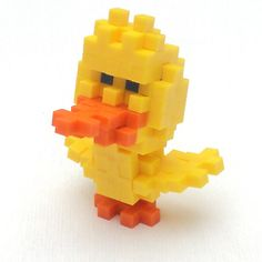 What's cuter than a little chick made out of Plus Pluses? What else can you build? #batteryfree #plusplus #easter