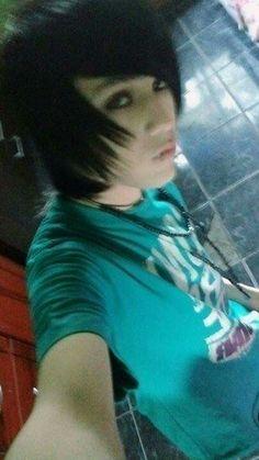 Selfie tiime Mechlin Rómeó #emo #emoboy #emohair #hair #emos #handsome #cute