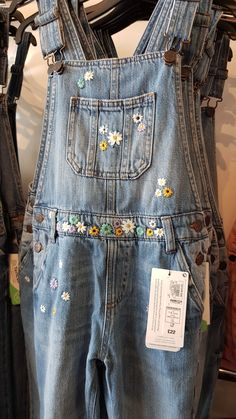 Love Sewing, Cross Stitching, Overall Shorts, Embroidery Stitches, Sewing Ideas, Youth, Outfit Ideas, Vest, Dreams