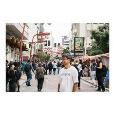 hoje começo a postar as fotos de São Paulo ❤ • • • #saopaulo #brazil #liberdade #japoneses #streetphotography #photography #fotografia #igers #instagram #instagrambrasil #travel #viagem #achadosdasemana #omelhorclick #eos #canon http://tipsrazzi.com/ipost/1515336181070687187/?code=BUHjjpkA-vT