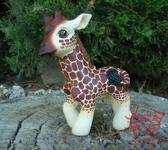 For Fizzy_NZ on the MLPArena I decided to do smaller spots on this paticular giraffe, which made the painting process incredibly long. I also had made a grave mistake on trying out a different bran...