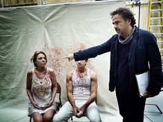 Alejandro González Iñárritu's Birdman is a fascinating backstage drama that gives us a peek into the inner lives of actors. Now we have a behind-the-scenes look at how that dressing-room drama was put together Edward Norton, Broadway Plays, Michael Keaton, Naomi Watts, Scene Photo, Vanity Fair, Cinematography, Behind The Scenes, Dressing
