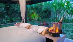 Floating Escape: Banyan Tree Spa Sanctuary, Phuket, Thailand  #jetsettercurator