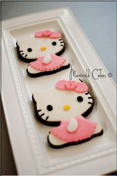 Hello Kitty Cookies  1 dozen for Birthday favors by MarinoldCakes, $48.00