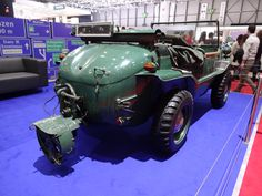 Post-WWII amphibious vehicle (4 of 4)