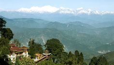 kalimpong.)A largest sub division of India and a hill station, in the Mahabharata range in West Bengal state located at an altitude of 1250 meters. It has a temperate climate ranging from