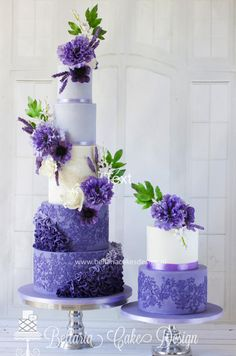 Lovely lilac by Bellaria Cake Design  - http://cakesdecor.com/cakes/218406-lovely-lilac