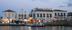 Alexandris Hotel is located in Dapia, the central port of #Spetses Island