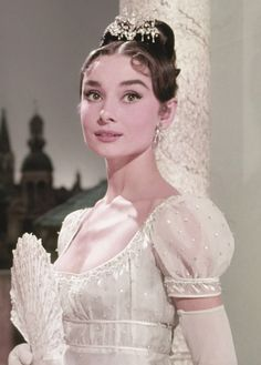 celebrities missingaudrey: Audrey Hepburn photographed for War and Peace, 1956 - fashion beauty - missingaudrey: Audrey Hepburn photographed for War and Peace, 1956 - Audrey Hepburn Outfit, Audrey Hepburn Mode, Audrey Hepburn Wedding Dress, Audrey Hepburn Eyebrows, Audrey Hepburn Fashion, Audrey Hepburn Images, Audrey Hepburn Funny Face, My Fair Lady, Classic Wedding Dress