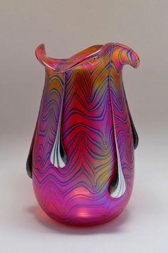 Interesting modern interpretation of art nouveau by Czech bohemian artist Igor Muller. Blown Glass Art, Art Of Glass, Glass Wall Art, Glass Vase, Glass Paperweights, Art Nouveau, Vases Decor, Art Decor, Decoration