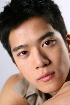 The latest news about Opera web browsers, tech trends, internet tips. Korean Dramas, Korean Actors, Ha Suk Jin, Korean Men, Seokjin, Kdrama, Handsome, Stars, Sexy