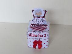 kit personalizado chapeuzinho vermelho:  1 cone  1 caixa acrilica 5 x 5  1 latinha  1 tubete  1 cesta Todos os itens são personalizados no tema, com técnica em scrap festa.