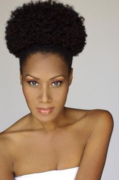 Perfect #afropuff #naturalhairstyle for a #bridalhairstyle  Loved By NenoNatural!